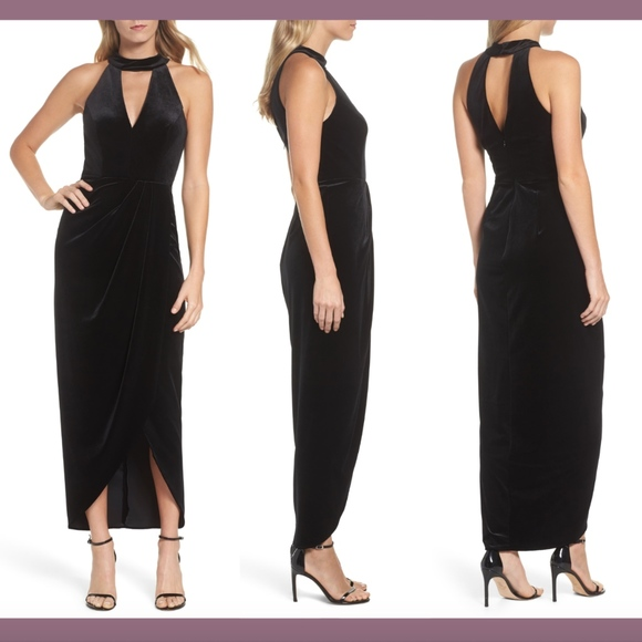 Xscape Dresses & Skirts - NWT XSCAPE Velvet Choker Neck Wrap Dress Black